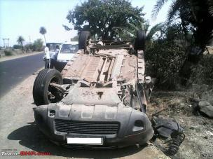 1224807d1396180108-renault-duster-accident-rollover-renaultduster_turtle-2