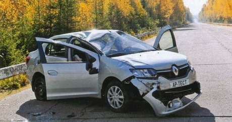 renault-logan-2-crash-autoreview