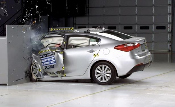 2014-kia-soul-crash-test