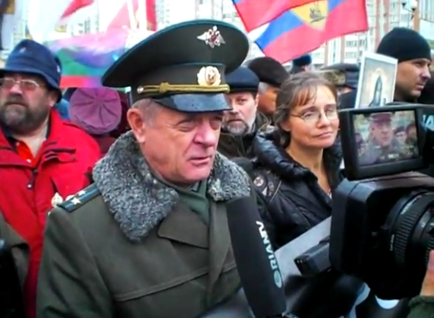colonel_vladimir_kvachkov_at_the_russian_march_2010