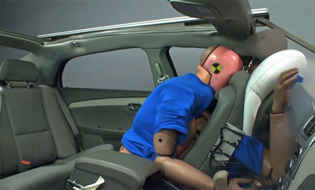 iihs-rear-seatbelt-crash-test-v1