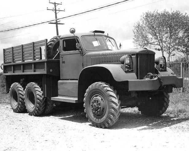 753px-diamond_4-ton_truck_6x6
