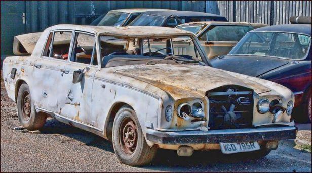 fc68cfccf6b55589d0bec3acfa8c9029-rolls-roys-rusty-cars