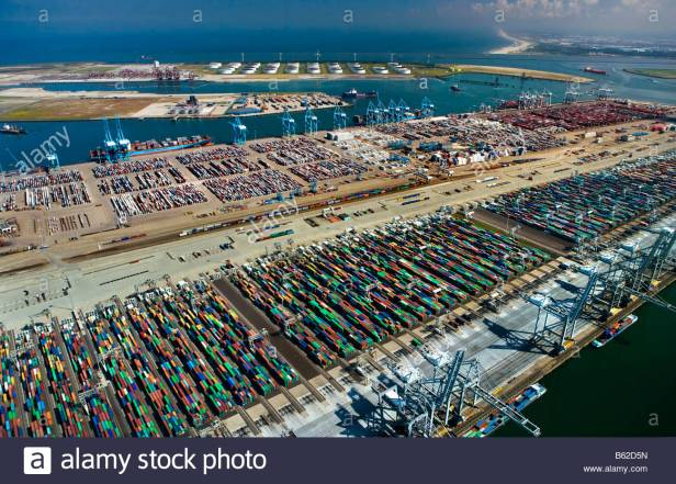 holland-zuid-holland-rotterdam-harbour-aerial-of-container-port-b62d5n