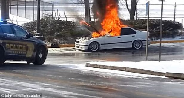 40350f9d00000578-4496830-the_bmw_in_brookhaven_georgia_was_quickly_engulfed_in_flames_as_-a-1_1494531023625