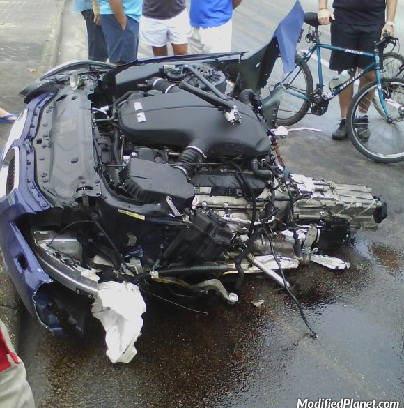 car-photo-2010-bmw-m5-car-accident-crash-destroyed-front-end-engine