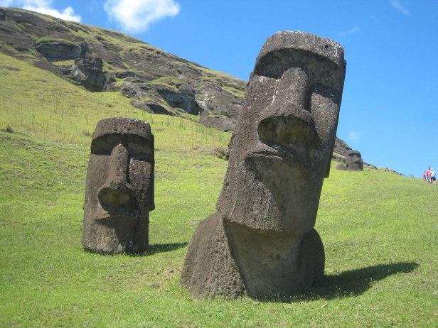 easter-island-tour-polynesia-tapati-festival-hanga-roa-village-heads