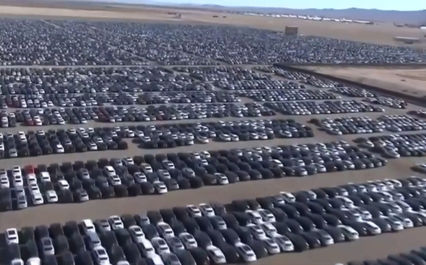 volkswagen-dieselgate-car-graveyard-in-california