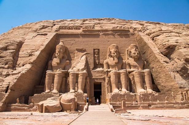 abu-simbel-temples-3