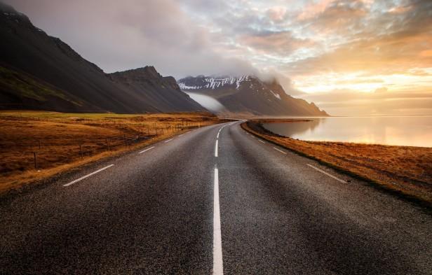 doroga-more-islandiia