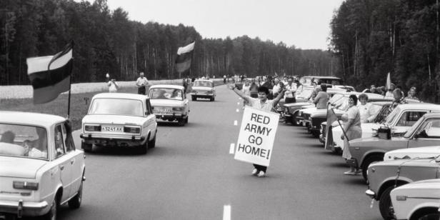 1989.-baltijos-kelias.-pozerskis-9