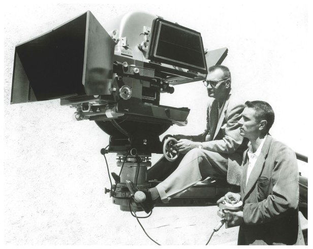1957.-The-first-65mm-Panavision-camera-used-on-Ben-Hur-credit-Panavision_2ff0abc4c297eeccc4b0981b45e20529