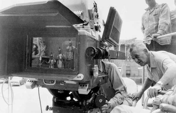 Ultra-Panavision-70-on-set-of-Ben-Hur